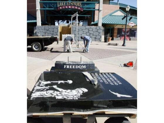 Read more about the article LAKE ELSINORE: Legal battles over, veterans memorial finally built by Sun City Granite Begins install of Headstone Monument