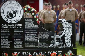 Sun City Granite Provides Monument for Fallen heroes honored at 2nd LAR Bn. memorial service